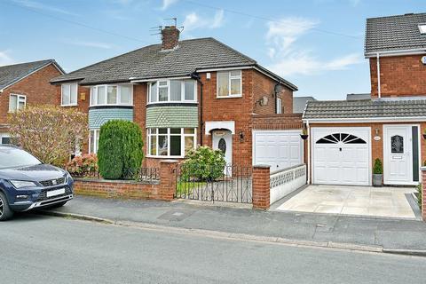 3 bedroom semi-detached house for sale - Westover Road, Padgate, Warrington