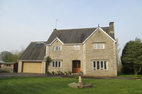 4 bedroom farm house for sale - Tan Y Lan House, St Mary Hill, Vale of Glamorgan, CF35 5BY