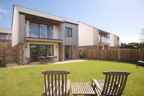 4 bedroom detached house for sale - Pennance Field, Falmouth