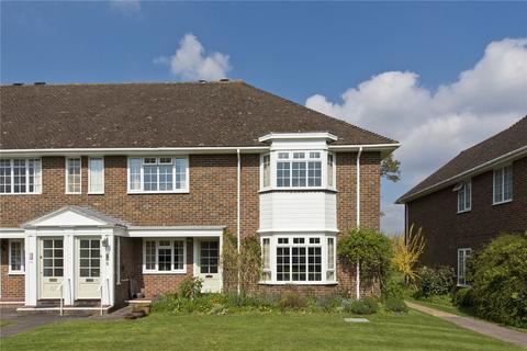 3 bedroom flat for sale - Trafalgar Court, Farnham, Surrey, GU9