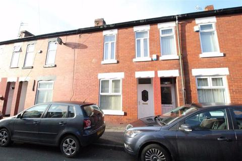2 bedroom terraced house to rent - Stanley Avenue, Manchester