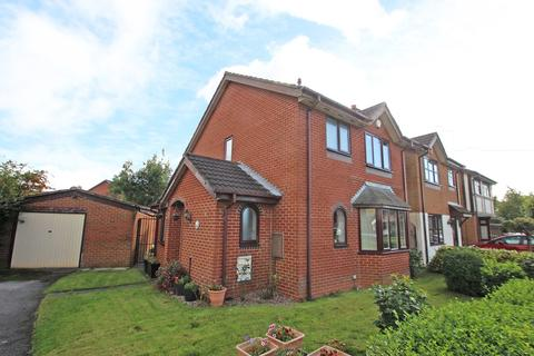 3 bedroom detached house to rent - Town Gate Drive, Flixton, Manchester, M41