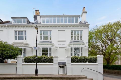 5 bedroom end of terrace house to rent - Clifton Terrace, Brighton