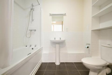 1 bedroom flat to rent - Hornby Court, High Road, Willesden