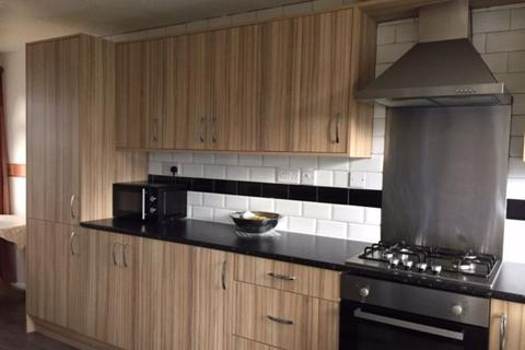 3 bedroom house to rent - 178a Bristol Road, B5 7XG