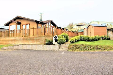 2 bedroom chalet for sale - Bay View, Oxwich