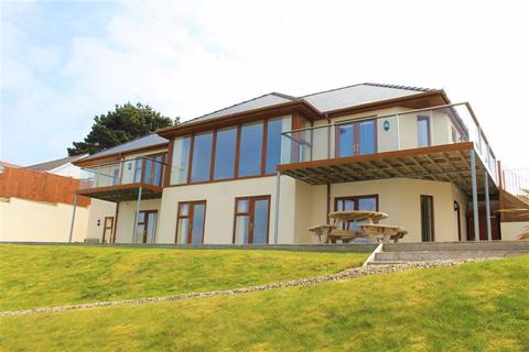 5 bedroom detached house for sale - Richmond Road, Pembroke Dock