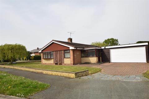 3 bedroom detached bungalow for sale - Parklands Drive, Gayton, Wirral