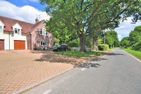 4 bedroom end of terrace house for sale - Ballast Quay Road, Fingringhoe, CO5 7DB