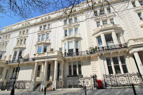 2 bedroom apartment for sale - Palmeira Square, Hove, BN3 2JN