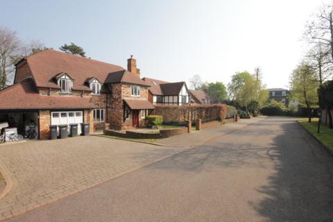 4 bedroom detached house to rent - Old Orchard Close, Barnet, EN4