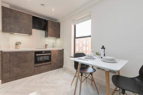 Studio to rent - Byrom Street, Artillery House
