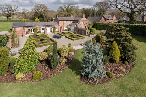 4 bedroom house for sale - 4 bedroom House Detached in Little Budworth