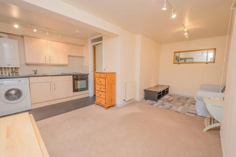Studio to rent - Coromandel Heights - Lansdown