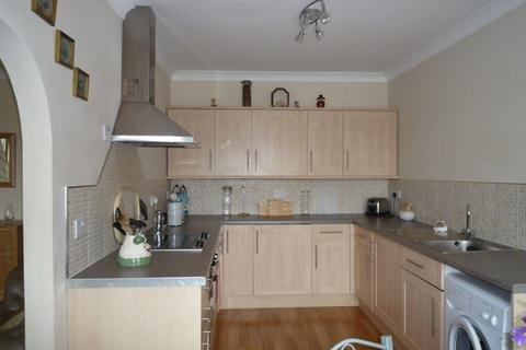 2 bedroom apartment to rent - 1a Fairwater Grove West , Cardiff, Cardiff. CF5 2JN