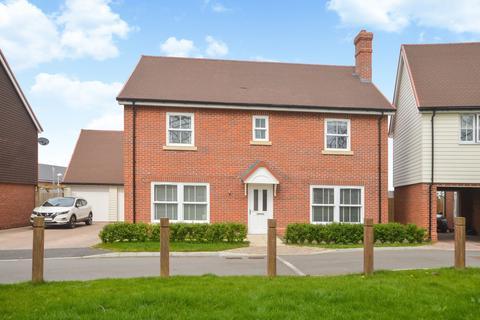 5 bedroom detached house for sale - Aldington, TN25