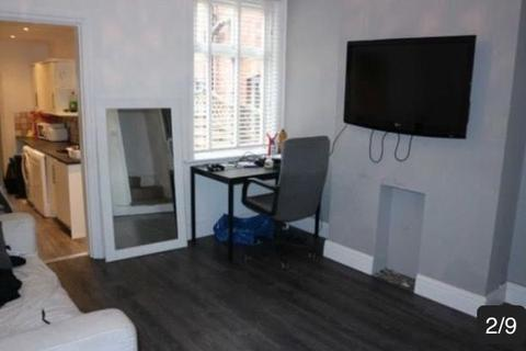 4 bedroom terraced house to rent - ATTENTION STUDENTS - X4 BEDROOM STUDENT HOUSE FOR 2019/2020
