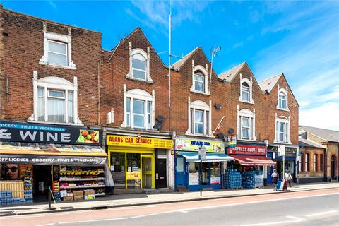 Property for sale - Seven Sisters Road, London, N15