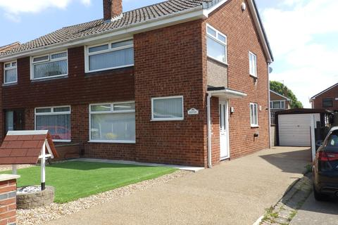 3 bedroom semi-detached house to rent - Skipton Drive, Little Sutton, Ellesmere Port, CH66 4SP
