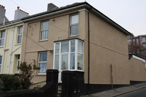 Studio to rent - Hyde Park Road, Plymouth PL3