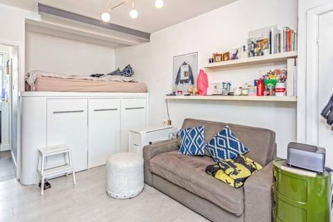 Studio for sale - Tudor Close, Brixton Hill, London, SW2