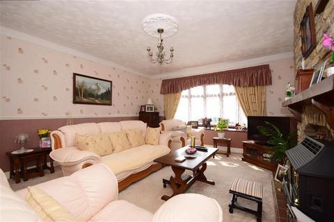 3 bedroom detached bungalow for sale - Swan Lane, Wickford, Essex