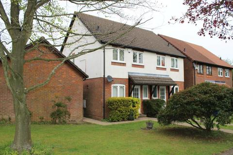 2 bedroom semi-detached house to rent - Lollards Close, Amersham, HP6