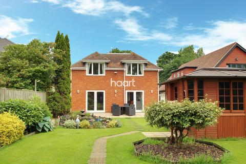 5 bedroom detached house for sale - Sandyhurst Lane, Ashford