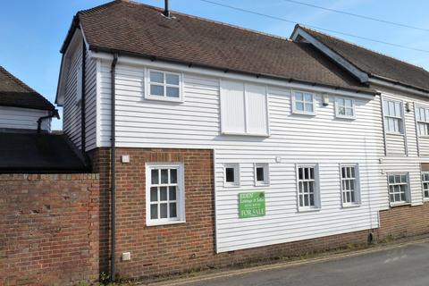 2 bedroom terraced house for sale - Heart of Edenbridge