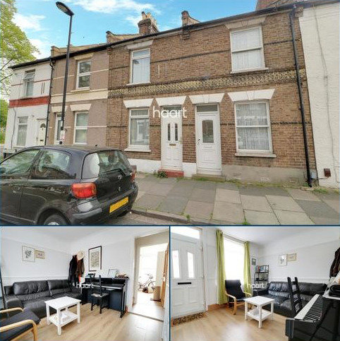 2 bedroom terraced house for sale - James Street, Enfield