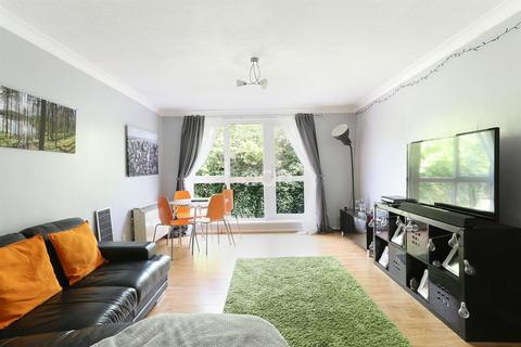 2 bedroom flat for sale - Downs Court, Sutton, SM2