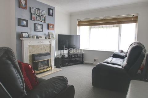 1 bedroom flat for sale - Meadgate Avenue, Chelmsford
