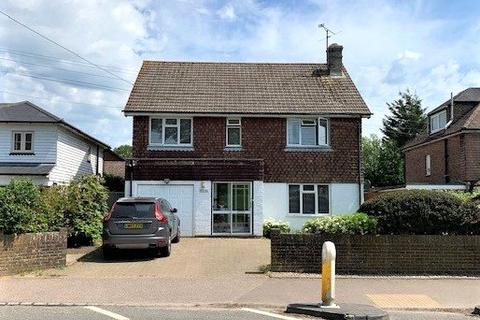 4 bedroom detached house to rent - Lewes Road, Lindfield