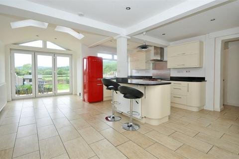 4 bedroom semi-detached house to rent - Prestbury, Cheltenham, Gloucestershire