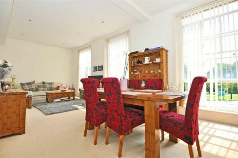 2 bedroom flat to rent - Montpellier, Cheltenham, Gloucestershire