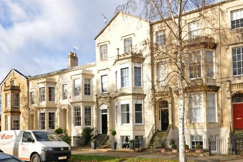 1 bedroom flat to rent - Clarence Square, Cheltenham, Gloucestershire
