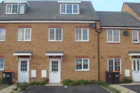 3 bedroom townhouse to rent - Reeve Close, Sandhills, Leighton Buzzard, Bedfordshire