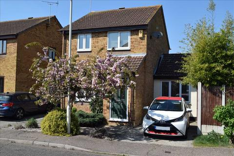 3 bedroom detached house for sale - Raphael Drive, Springfield, Chelmsford