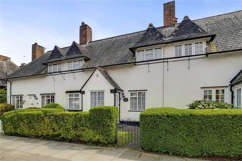 2 bedroom terraced house for sale - Goldsmith Lane, London, NW9