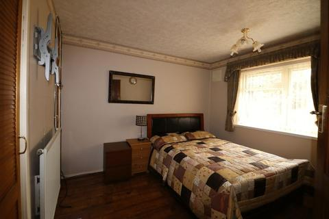 1 bedroom in a house share to rent - Bedford Road, West Bromwich