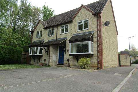 3 bedroom semi-detached house to rent - Little Acorns, GL52 7YP