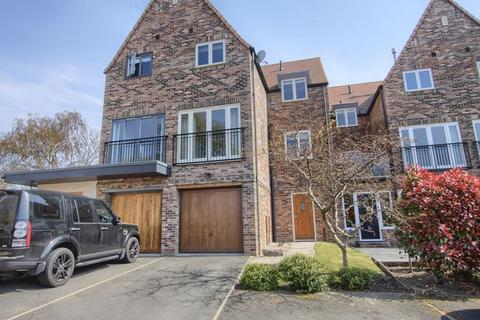 4 bedroom semi-detached house to rent - Orchard Mews, Eaglescliffe