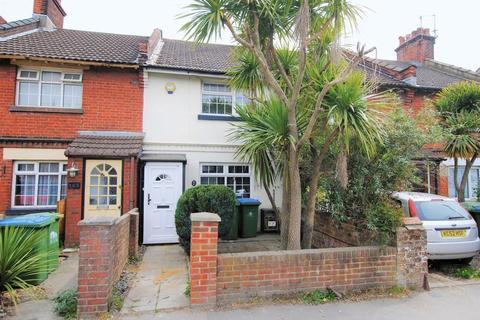 3 bedroom terraced house to rent - Victoria Road, Woolston