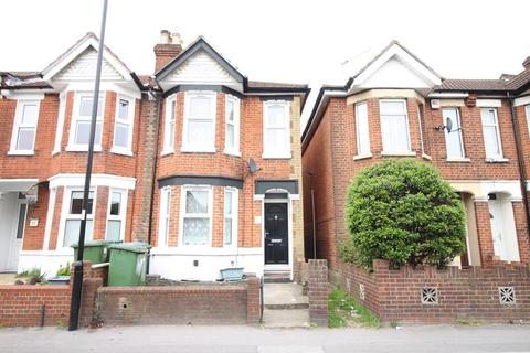 2 bedroom terraced house to rent - Romsey Road, Shirley