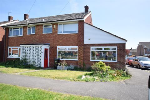 3 bedroom semi-detached house for sale - Oak Tree Walk, Keynsham, BRISTOL, BS31 2SA