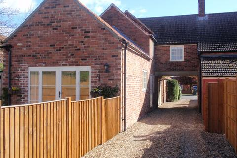 2 bedroom cottage to rent - High Street, Swinderby