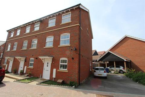 3 bedroom townhouse for sale - Leigh Road, Sittingbourne