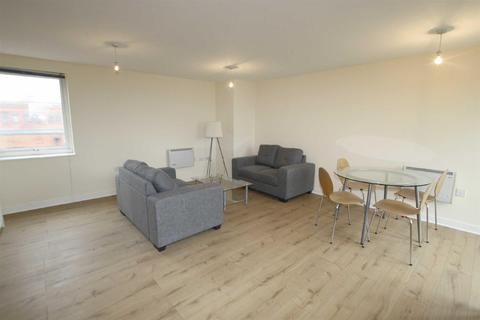3 bedroom apartment to rent - Central Court, Melville Street, Salford