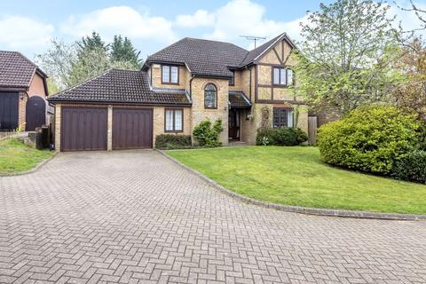 5 bedroom house to rent - FINCHAMPSTEAD