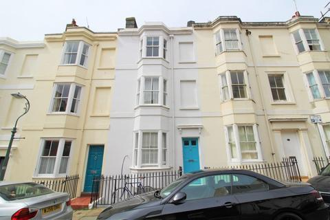 1 bedroom flat for sale - Lower Market Street, Hove, BN3 1AT